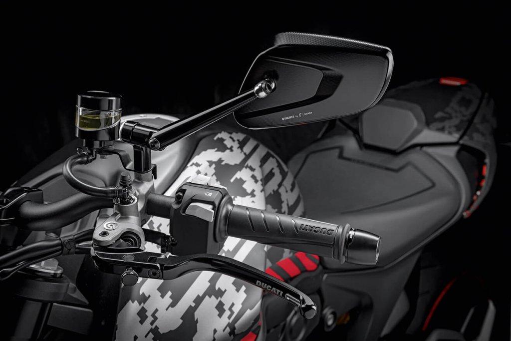 Ducati Monster Zubehoer Pixel-Design