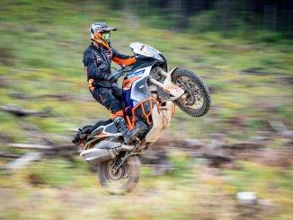 Motorradkombi Terra Adventure von KTM