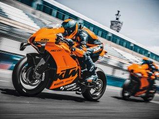 Die KTM RC 8C ist ein reinrassiger Supersportler mit Rennstreckenfokus.